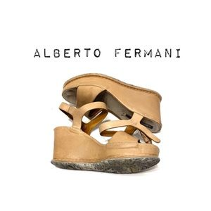 🌻Alberto Fermani Platform Wedge Sandals